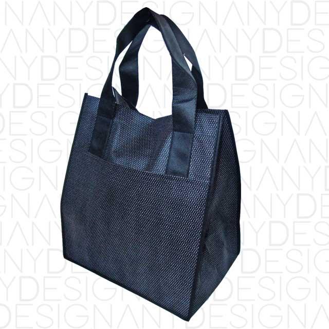 produzione di shopping bag in TNT