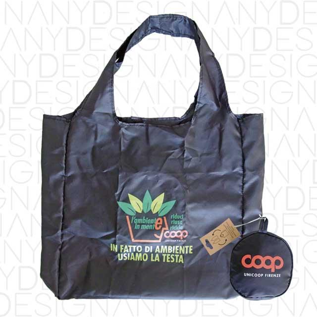 produzione di borse pieghevoli in PET riciclato