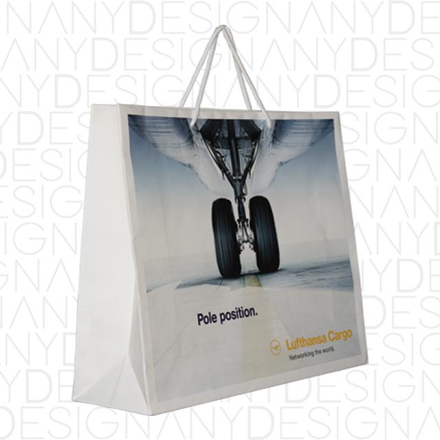Shopping bag in stonepaper